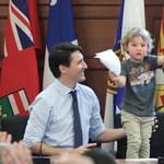 Justin Trudeau nagyon dolgozik azon, hogy mindenki elolvadjon tőle