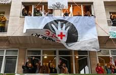 """Igénytelenség, hányinger – a Pesti TV """"libsiző"""" riportját osztja az SZFE új kezekben lévő Facebook-oldala"""