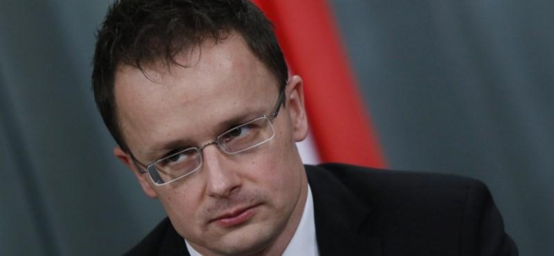 Szijjártó már inkább lezárná az amerikai-magyar vitát