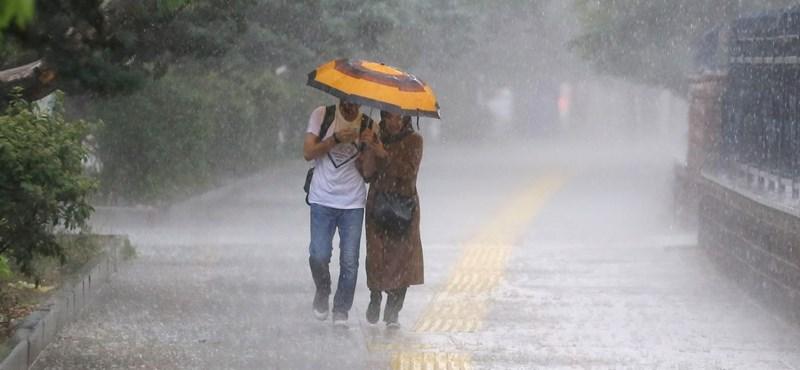 Viharos széllel és esővel közelít a hétvége
