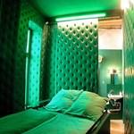 Őrült luxus szálloda - szobák fejjel lefelé