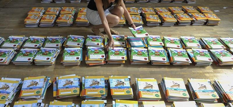 Ez vár a diákokra és a tanárokra: kétféle tankönyv közül lehet majd választani