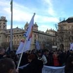 November 30-án tüntetnek a tanárok Budapesten