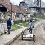 Nyomorban élő roma gyerekek táboroztatására gyűjtenek