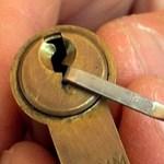 Videó: így nyitják ki a zárakat kulcs nélkül