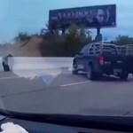 Elbambult a pickup sofőrje, megkoccolta a McLarent – videó