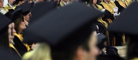 Így kaphattok havi 250 ezer forintos ösztöndíjat pályakezdő diplomásként