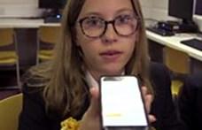 Okostelefonos applikációt készítettek brit gyerekek hallássérült társaik segítségére
