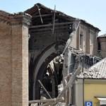 Már tizenöt halottja van az olaszországi földrengésnek