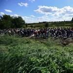 Rengeteg busz érkezett Beremendhez horvát oldalról