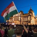 Kordont bont a Jobbik május 8-án