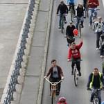 Nem épp biciklisbarát a Dob utcai felújítás