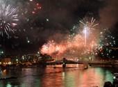 Fueron miles de millones de fotos de fuegos artificiales de bajo presupuesto