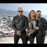 Fotók: Jennifer Lopez 42 évesen is odatette magát a klipforgatáson