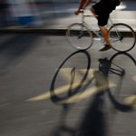 Halálra gázoltak egy bicikliző nőt Vecsésen