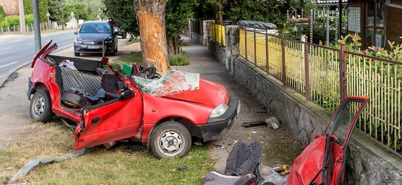 """""""Könyörögtem neki, de nem engedett kiszállni"""" – megszólalt a győrújfalui baleset egyik sérültje"""