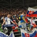Behívatta a szlovák külügy a magyar nagykövetet a magyar-szlovák meccs miatt