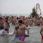Fotó: van, aki ma megfürdött a Balatonban