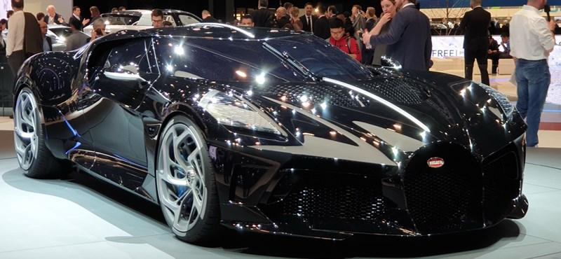 Körbejártuk a világ legdrágább új autóját, a 6 kipufogós Bugattit