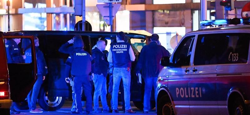 Terrortámadás történt Bécs belvárosában, legalább egy fegyveres még menekül