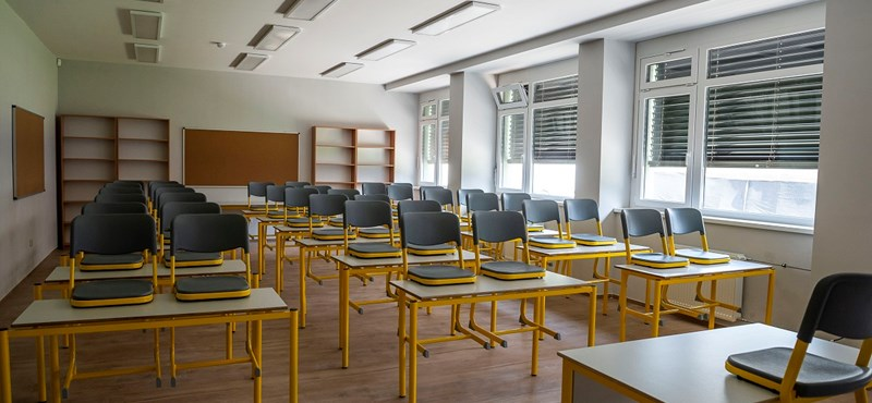 UV-lámpa okozott rosszullétet az egyik iskolában