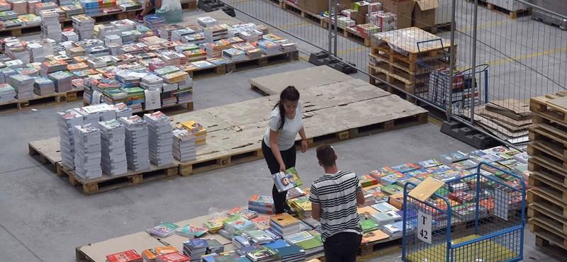 Elindult az idei pótfelvételi és tankönyvek kiszállítása is - hét hírei röviden