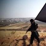 Amerikai IT céget vádolnak az Iszlám Állam támogatásával