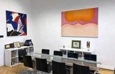 """A pécsi múzeum """"letétbe"""" adott festményeket a fideszes képviselő irodájába"""