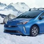 Hóban sem lehet gond: itt az összkerékhajtású Toyota Prius