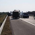 Hét sérült egy M43-ason történt balesetben