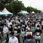 Orvostanhallgatók tüntettek Dél-Koreában - képgaléria
