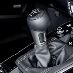 7 fokozatú kéziváltót kapott és okosabb lett az új Porsche 911