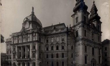 Kupolákat épít a kormány Budapesten