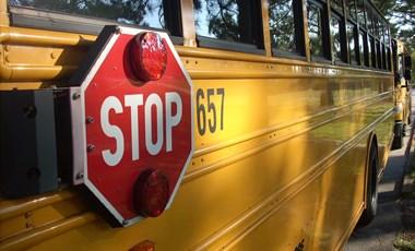 2021-ben már sárga iskolabuszokkal járhatnak a diákok?