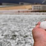 Golflabda nagyságú jég verte szét Canberrát – videó