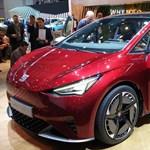 Körbefotóztuk a Seat első igazi Tesla-riválisát