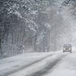 Estig akár 10 centi hó is eshet, de ónos esőre is kiadtak figyelmeztetést