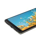 A Samsung és a Huawei ellen: összehajtható telefon helyett tablet-telefont készített a Lenovo