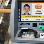 Ilyen itthon is kellene: Hollandiában az ATM-eken is megjelenik az eltűnt gyerekek fotója