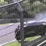 Ekkorát lehet esni egy Volkswagen Golffal - videó