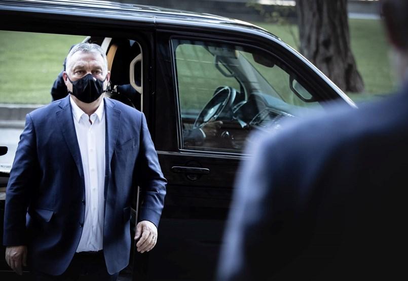 Viktor Urban: Se levantará el toque de queda y se cancelará el uso de máscaras públicas