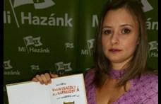 Dúró Dóra kifakadt a Facebook tiltása miatt, kormányzati fellépést követel