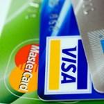 Jön egy fontos változás a bankkártyákkal