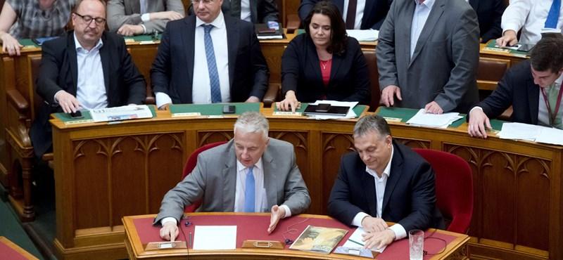 Brüsszel vizsgálja a Stop Sorost