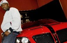 Jó nagy káromkodással vonta vissza Donald Trump támogatását 50 Cent