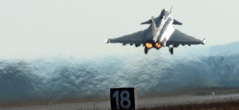 A NATO döntésképtelen a líbiai katonai akció irányításának átvételét illetően