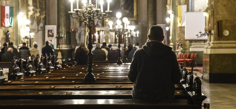 Június közepétől újra kötelező a vasárnapi miselátogatás a híveknek