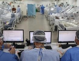 Rekordot döntött az egy nap alatt regisztrált új esetek száma Brazíliában
