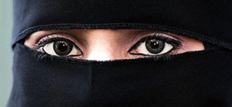 Dörzsölik a markukat az autógyártók a szaúdi történelmi fordulat után