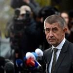 Felfüggesztették a cseh kormányfő mentelmi jogát